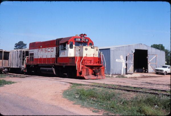 GP15-1 119 at Ashdown, Arkansas on April 26, 1978 (Mel Lawrence)