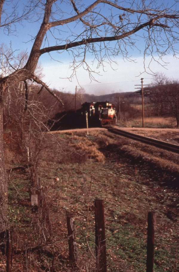 GP35 724 at Bundy Junction, Missouri in December 1977