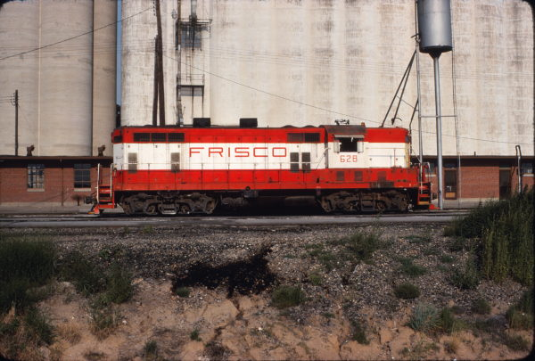 GP7 628 at Wichita, Kansas on August 5, 1976