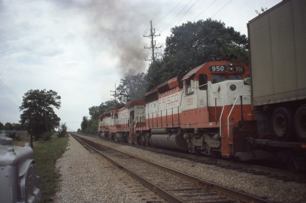 SD40-2 950, U30B 866 and SD40-2 952 at Webster Groves, Missouri on October 3, 1979