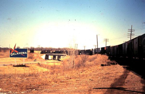 Unknown SLSF train crossing into Oklahoma