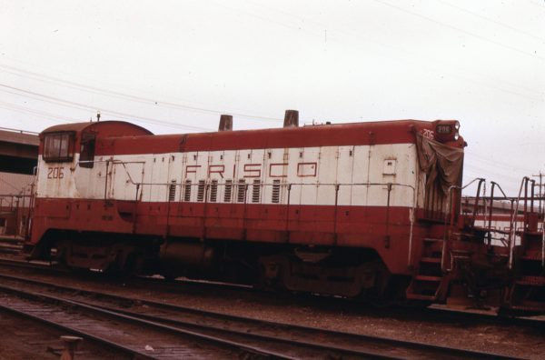 VO-1000 206 at Springfield, Missouri on April 15, 1979