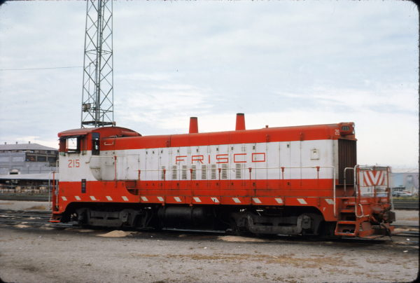 VO-1000m 215 at Kansas City in September 1974 (W. Evans)