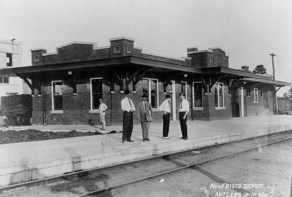 Frisco Depot at Antlers, Oklahoma in May 1914