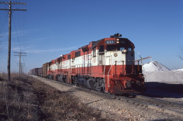 GP38AC 661 at Teed, Missouri in January 1981 (Mike Abalos)