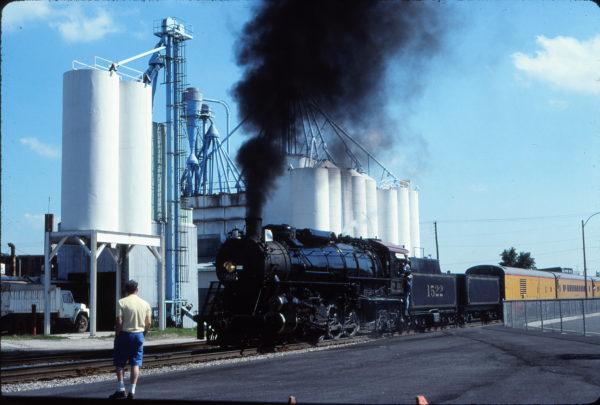 4-8-2 1522 at Rolla, Missouri in June 1990 (W. Grosselfinger)