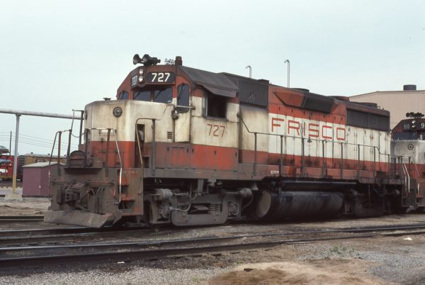 GP35 727 at Memphis, Tennessee in June 1976 (Warren Calloway)
