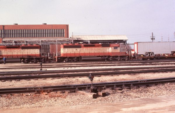 SD40-2 953 at Springfield, Missouri in 1979