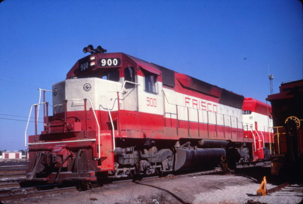 SD45 900 (date and location unknown) (R. Wallin)