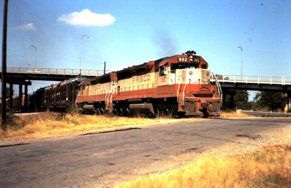 SD45 902 (date and location unknown)