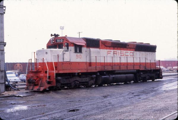 SD45 910 at Kansas City on November 25, 1978 (David Stray)