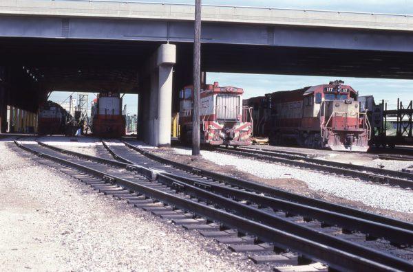 SD45 922, U25B 821, SW1500 349, GP15-1 117 and GP15-1 105 at Springfield, Missouri on April 25, 1979