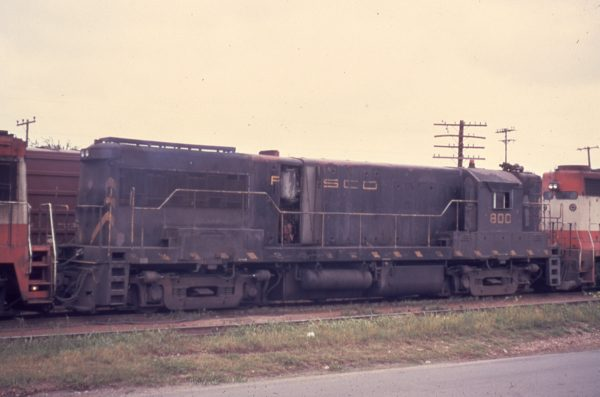 U25B 800 at Sherman, Texas in 1972 (Keyser)