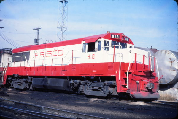 U25B 818 at Springfield, Missouri on November 24, 1978