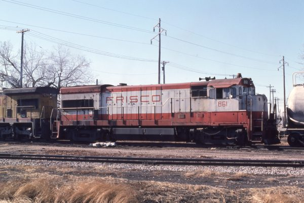 U30B 861 at  Lincoln, Nebraska in December 1980 (J.C. Butcher)