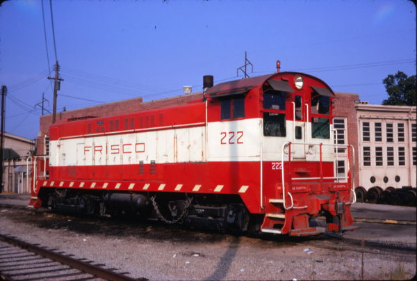 VO-1000 222 at Fort Smith, Arkansas on August 12, 1970 (Elliott Kahn)