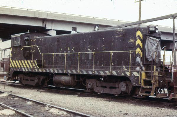 VO-1000m 203 at Springfield, Missouri on April 15, 1979