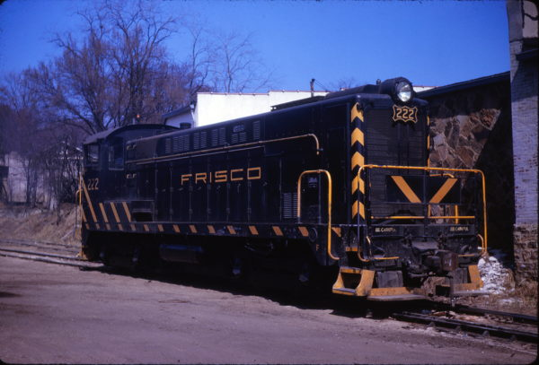 VO-1000 222 at Fayetteville, Arkansas in March 1963 (Mike Condron)