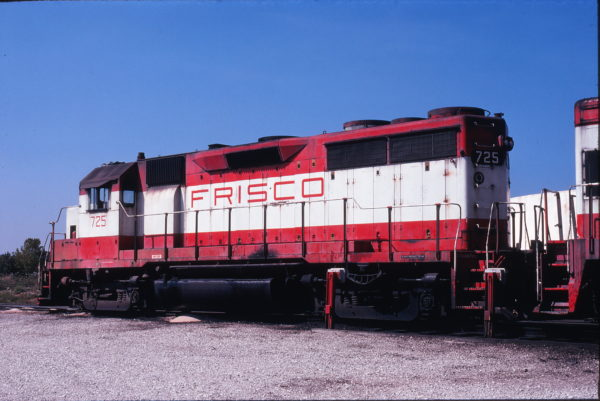 GP35 725 at Springfield, Missouri on September 18, 1978