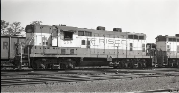 GP7 595 at North Clinton, Missouri on October 6, 1975