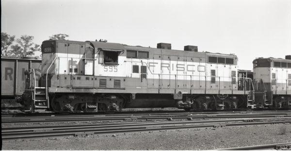 GP7 595 at North Clinton, Missouri on October 6, 1975