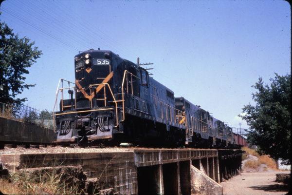 GP7s 535 and 596 at Van Buren, Arkansas on July 18, 1964