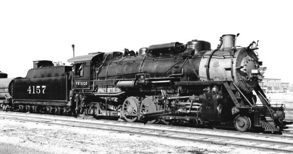 2-8-2 4157 at Oklahoma City, Oklahoma on December 3, 1959 (Preston George)