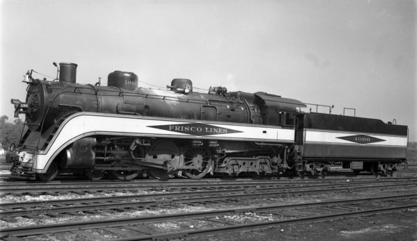 4-6-4 1066 at Lindenwood Yard, St. Louis, Missouri on September 17, 1937