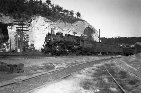 4-8-2 1511 Westbound at Pacific, Missouri in 1934