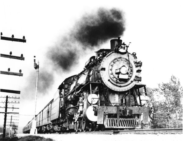 4-8-2 1525 at Allenton, Missouri in 1939 (C.E. Prussia)