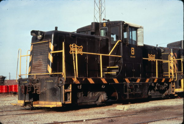 44-Ton Switcher 8 at Springfield, Missouri in April 1971 (Golden Spike Productions)