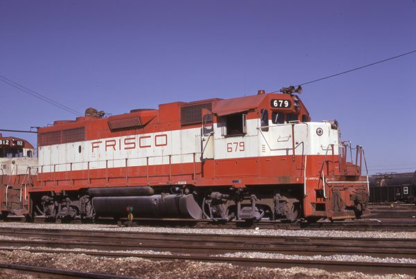 GP38-2 679 at Tulsa, Oklahoma on October 1975 (Mac Owen)