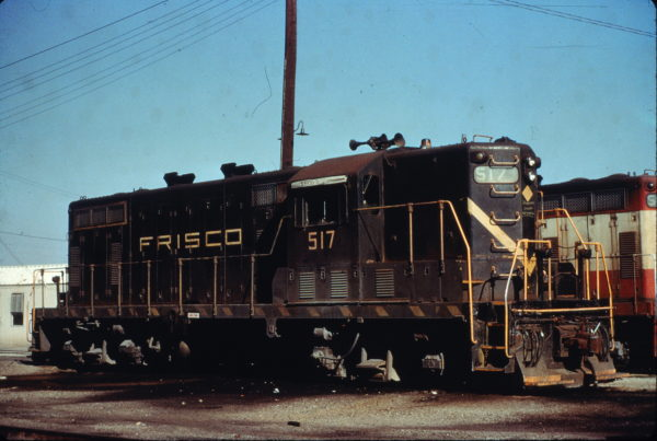 GP7 517 at Fort Worth, Texas on December 22, 1973 (Charly's Slides)
