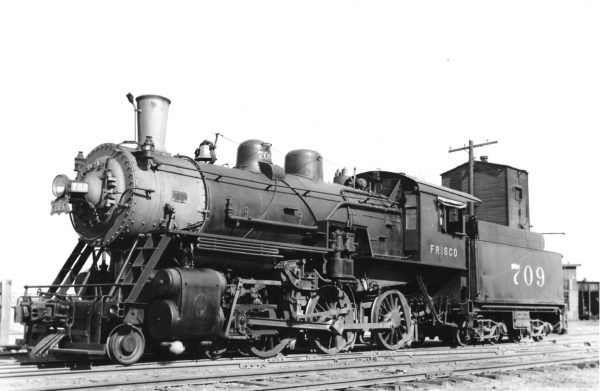 4-6-0 709 at Enid, Oklahoma on November 11, 1939 (Preston George-Charles Felstead)