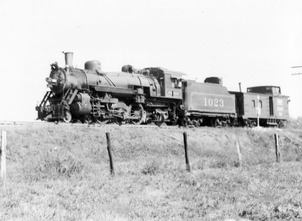 4-6-2 1023 (date and location unknown)