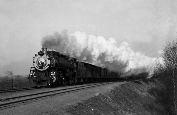 4-8-2 1516 on the Bluebonnet at Valley Park, Missouri in 1941