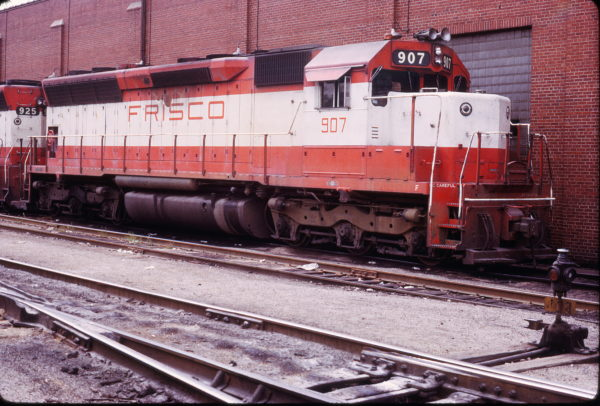SD45 907 at St. Louis, Missouri on September 16, 1973 (Michael Tedesco)