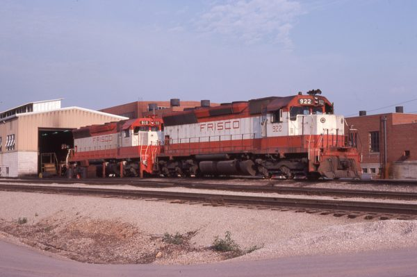 SD45 922 and 910 at Springfield, Missouri in July 1978