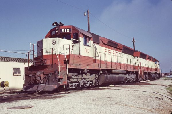 SD45s 910 and 904 (location unknown) in August 1972