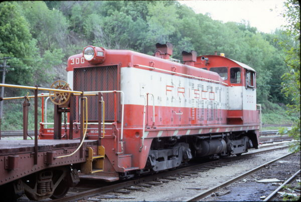 SW7 300 at Kansas City, Missouri in May 1972 (George Cockle)