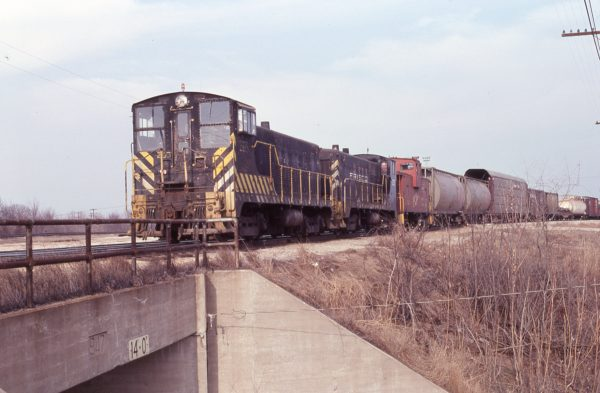 VO-1000m 203 and VO-1000m 204 at Springfield, Missouri on March 21, 1979 (J.J. Ruediger)