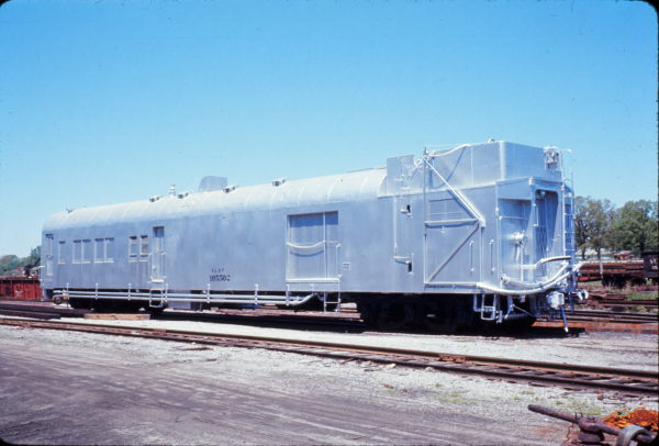 Weed Sprayer 105502 at Springfield, Missouri on April 22, 1967 (Ex-coach-baggage-RPO #83)