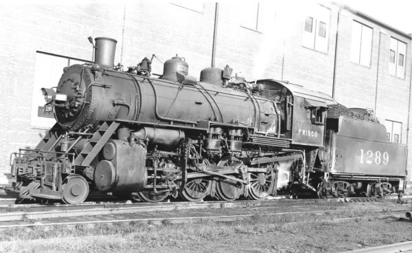 2-8-0 1289 (date and location unknown) (Joe Collias)