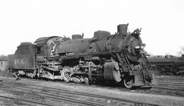 2-8-2 4016 at Springfield, Missouri on February 19, 1950 (Arthur B. Johnson)