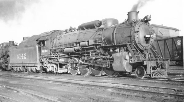 2-8-2 4142 at Springfield, Missouri on May 26, 1948 (Arthur B. Johnson)