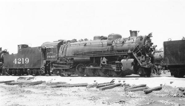 2-8-2 4219 at Yale Yard, Memphis, Tennessee on May 22, 1950 (Arthur B. Johnson)