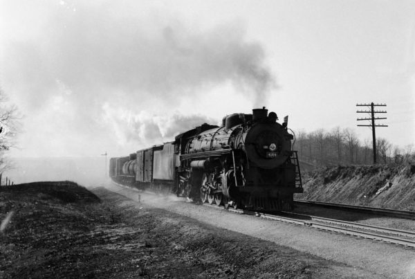 4-8-2 4304 Eastbound at Valley Park, Missouri in 1942 (William K. Barham)