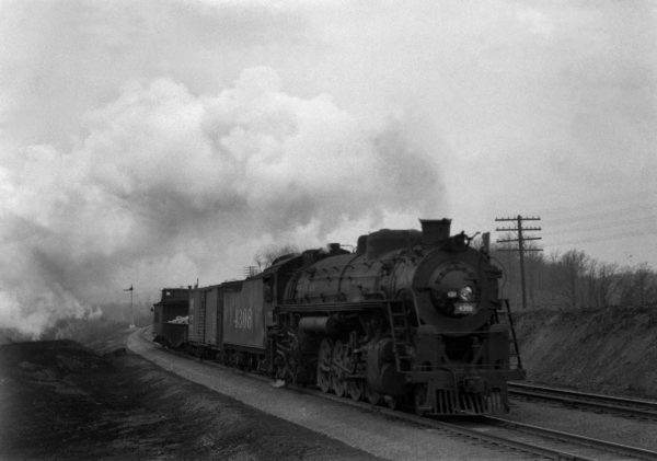 4-8-2 4308 Extra, Eastbound at Valley Park, Missouri in 1940 (William K. Barham)