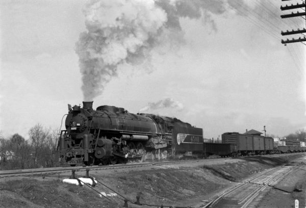 4-8-4 4508 at Southeastern Junction, St. Louis, Missouri in 1943 (William K. Barham)