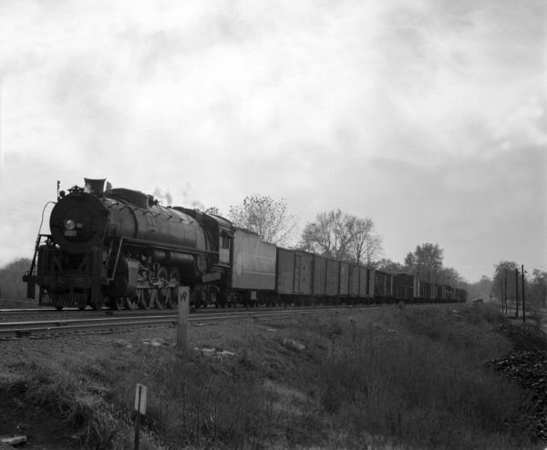4-8-4 4507 on Train #38 (4th Section) at Shrewsbury, Missouri in 1942 (William K. Barham)